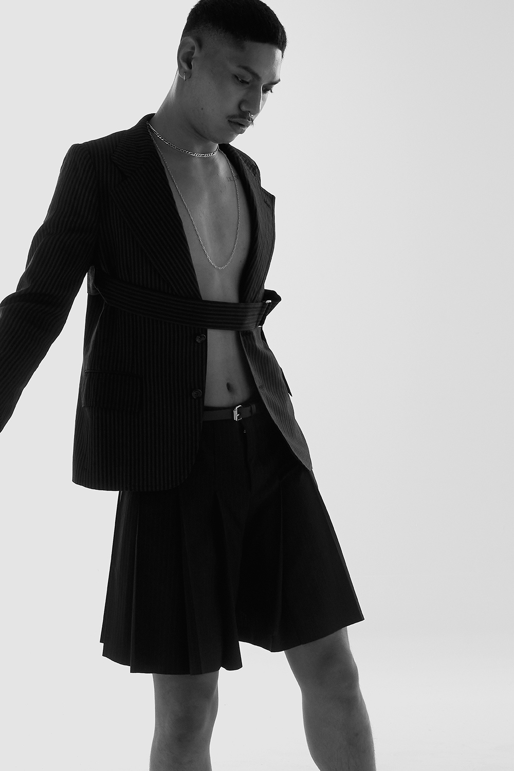 Sione Tuitavake wearing Comme Des Garcons for Astrophe HoSione Tuitavake wearing Comme Des Garcons for Astrophe Homme fashion editorial by Aaron VIIImme fashion editorial by Aaron VIII